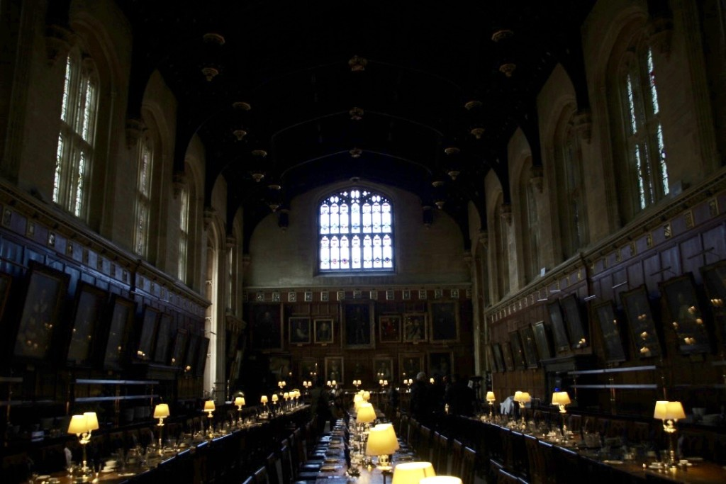 dining room from Harry Potter movie